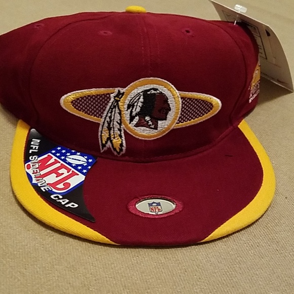 11be267e Vintage NWT Washington Redskins sideline cap NWT